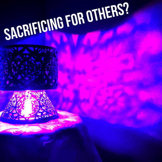 Sacrifice For Others? – Inspiring VIDEO Message From Archangel Michael and the Healing Team